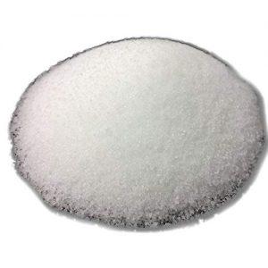Steariini 1kg kynttilämassa, käytetään kynttilämassana sellaisenaan, kynttilämassan osana tai esimerkiksi sytykeruusuissa